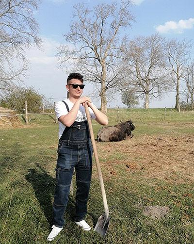 férfi munkás farmer